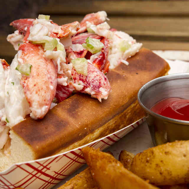 The Absolute Best Places for Lobster Rolls in NYC