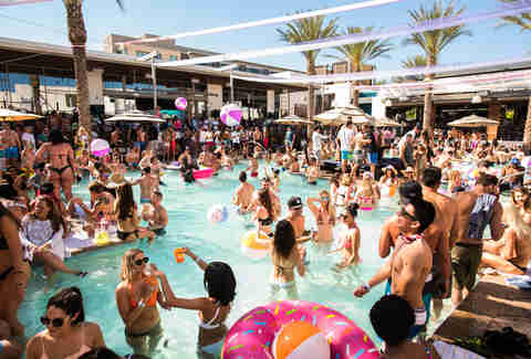 The Most Beautiful Pools (and Their Bars) in Phoenix