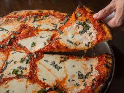 denino's nyc pizza