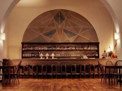 3 schwestern berlin bar interior