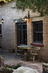Doghouse Saloon Arizona