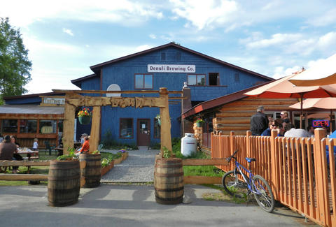 Craft beer and American food at Denali Brewing Co