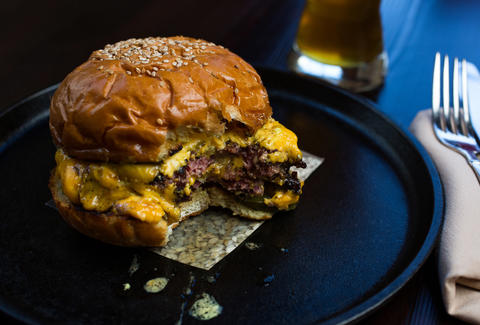 Husk cheeseburger