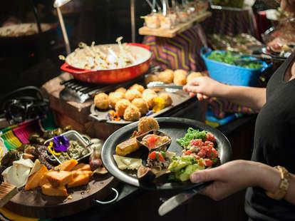 Cirque du Soleil catering food