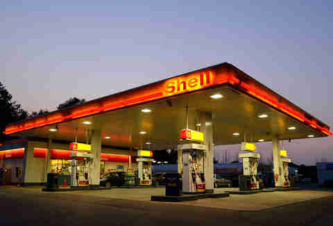 A Shell station, featuring Top Tier Gasoline