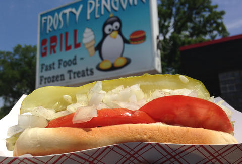 hot dog from frosty penguin park ridge