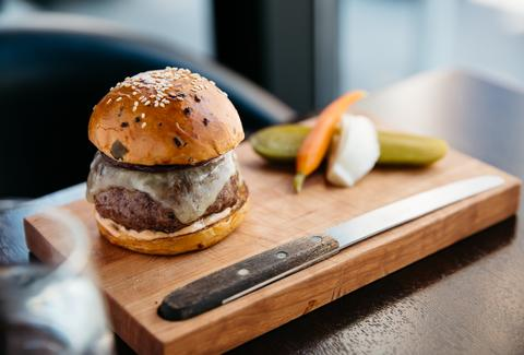 Nomad Bar Burger