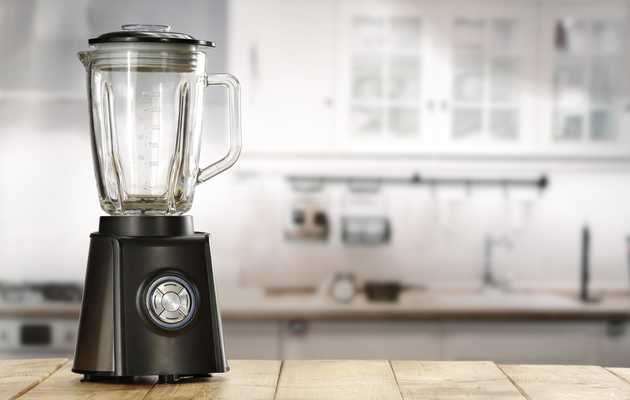 Woman Vilifies Ex-Boyfriend on Craigslist While Trying to Sell Vitamix He Gave Her