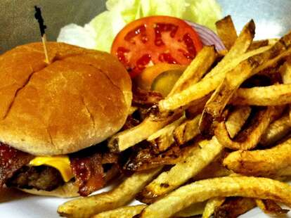 burger and fries keystone restaurant and truckstop