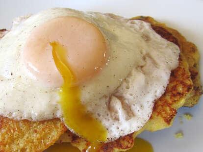 eggs on hashbrown