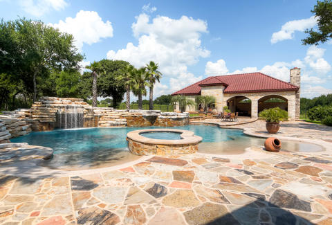 Best airbnbs with pools in Austin
