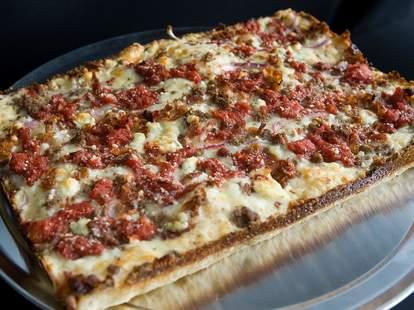 Buddy's Pizza