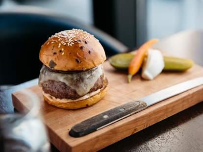 nomad burger