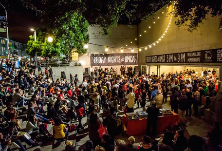 12 Great Oakland Dates That Beat Netflix and Chill