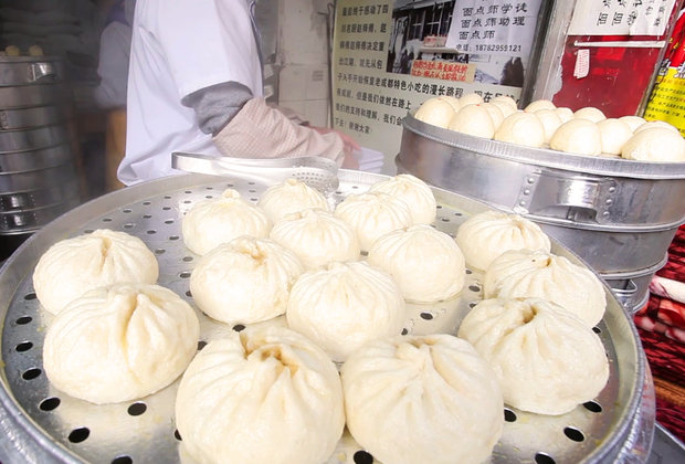 Steamy Pork Baozi Buns Are Worth the Wait in Chengdu, China