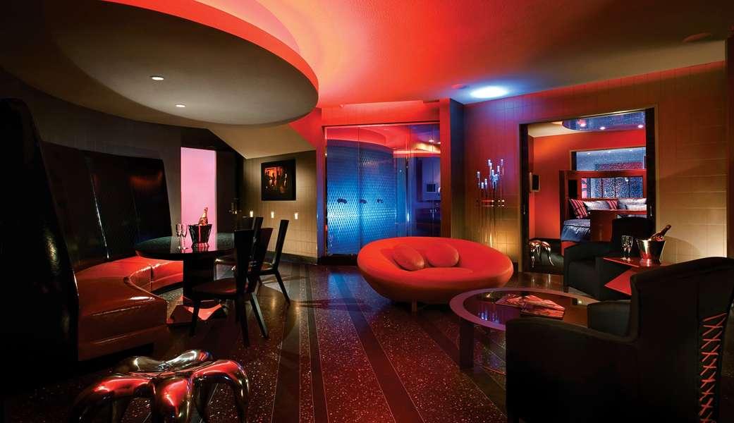 Worlds Kinkiest Hotel Rooms for Sex - Thrillist