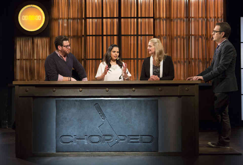 9 Weird Facts You Didn't Know About 'Chopped' Judges