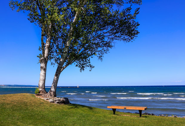 Spend the End of Your Summer at Detroit\'s Nearby Underrated Beaches