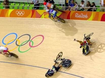 Laurine van Riessen rides bike on wall