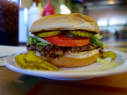 burger from sid's diner oklahoma city