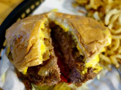nic's grill burger oklahoma city