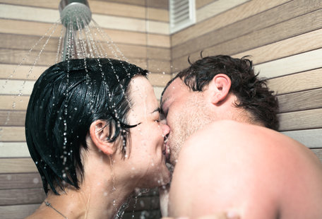 All the Creative Ways to Have Sex When It\'s Too Damn Hot Out