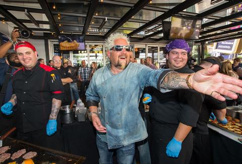 All the Celebrity Chefs in Las Vegas, Ranked - Thrillist