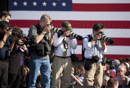 How Press Photogs Survive the Grueling Travel of the Campaign Trail