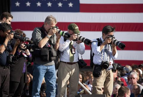 Photographers on presidential campaign