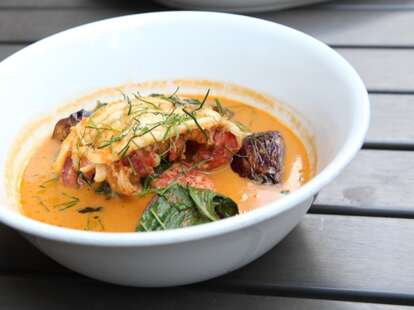 crave fishbar lobster curry