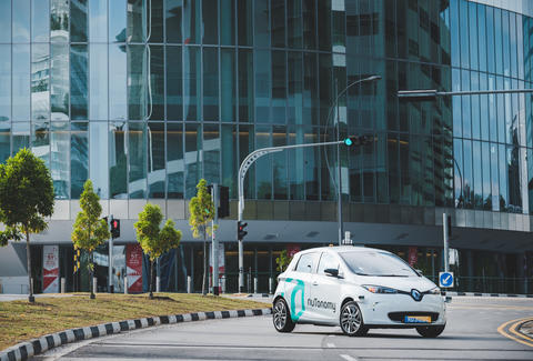 nutonomy self driving cars start testing in singapore