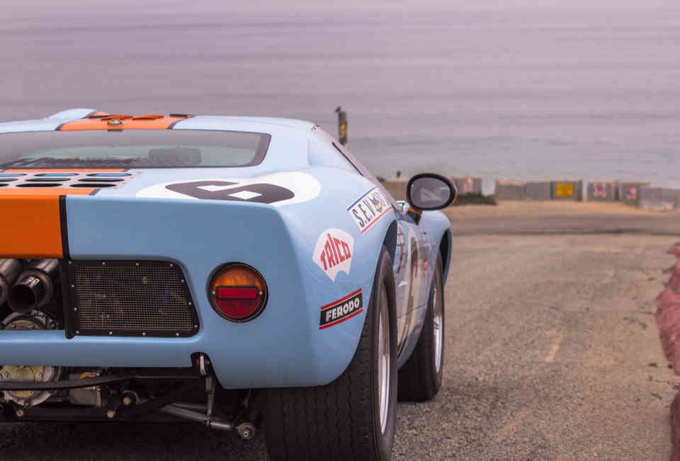 Ford GT40 Mk I Continuation by Superformance - First Drive
