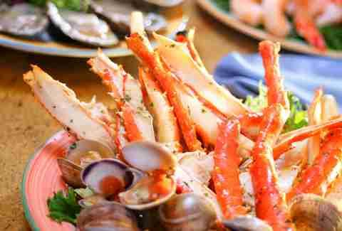 best buffets in las vegas for seafood thrillist rh thrillist com buffet with crab legs near dublin ga buffet with crab legs in nj