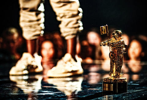 mtv vmas, video music awards, moonman