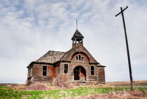 The Most Insane Abandoned Places in Washington State: From