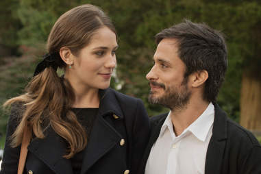 lola kirke gael garcia bernal mozart in the jungle amazon prime