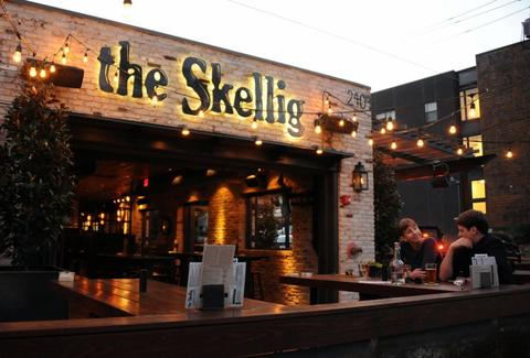 the skellig dallas patio
