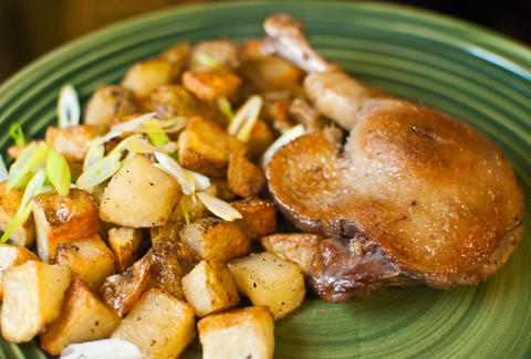 duck confit with potatoes