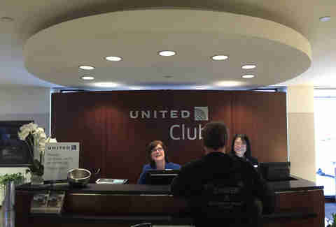 Getting into United Club