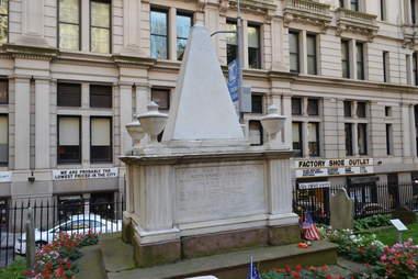 Alexander Hamilton tombstone Trinity Church