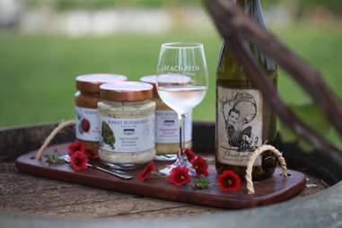 Beachaven Vineyards & Winery