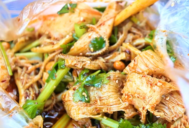 Tripe Salad Is a Spicy Chinese Street Food You Didn't Know You Could Crave