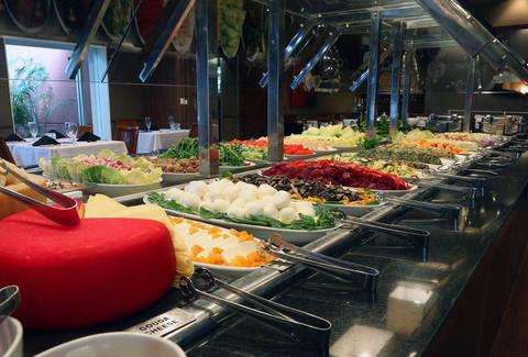 Great salad bar and rodizio buffet at Chima Brazilian Steakhouse