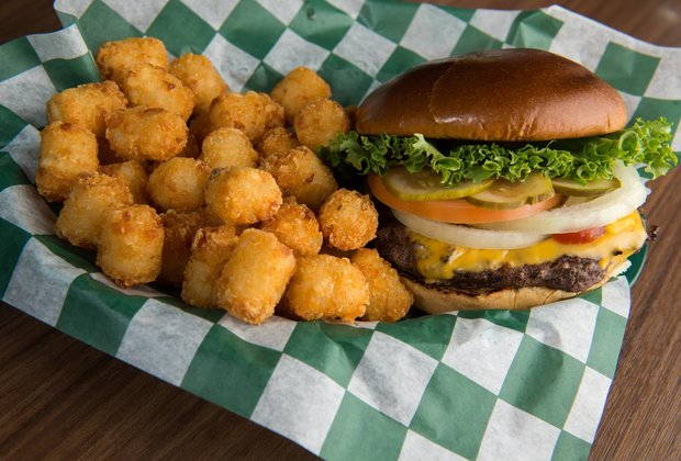 The 21 Best College Burgers in America