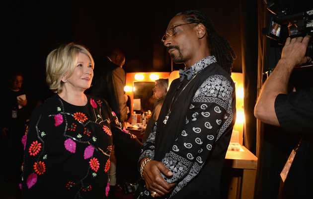 The First Looks at 'Martha & Snoop's Dinner Party'