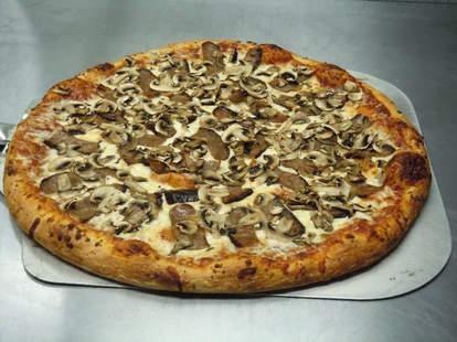 Sy's pizza