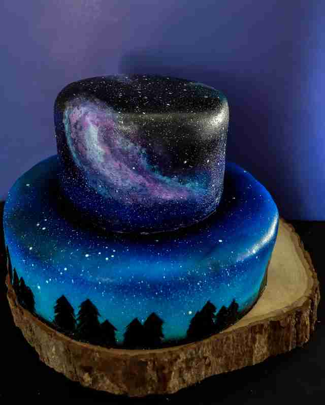 These Galaxy Themed Cakes Are Out Of This World Beautiful