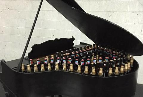 Free Baby Grand Piano Cooler Up For Grabs In Brooklyn On Craigslist