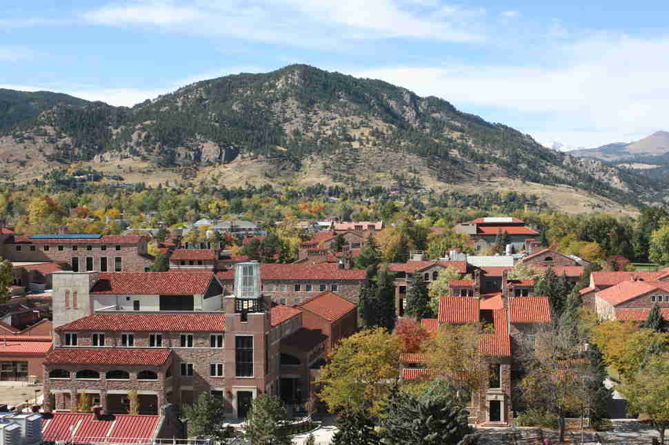 University of Colorado Boulder campus mountains