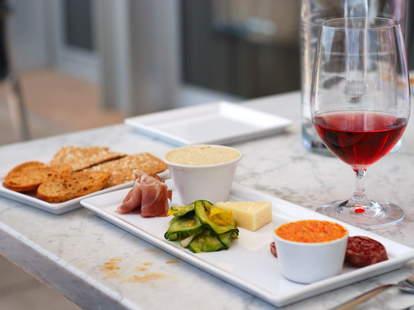 Upscale Italian dining at Fulton Five in Charleston SC